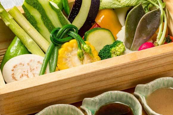 新鮮な野菜料理
