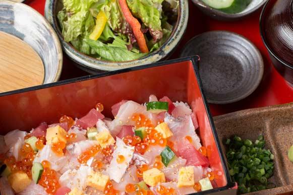 【土曜・休日ランチ】海鮮ばらちらし御膳