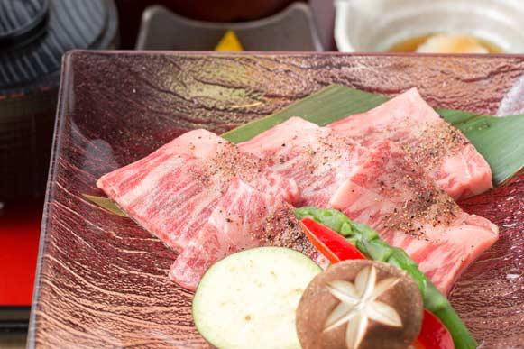 【土曜・休日ランチ】和牛サーロイン 水晶プレート焼き御膳